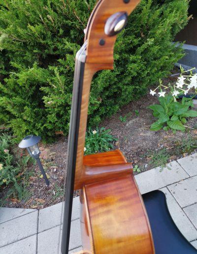 Stradivarius Greffuhle 16